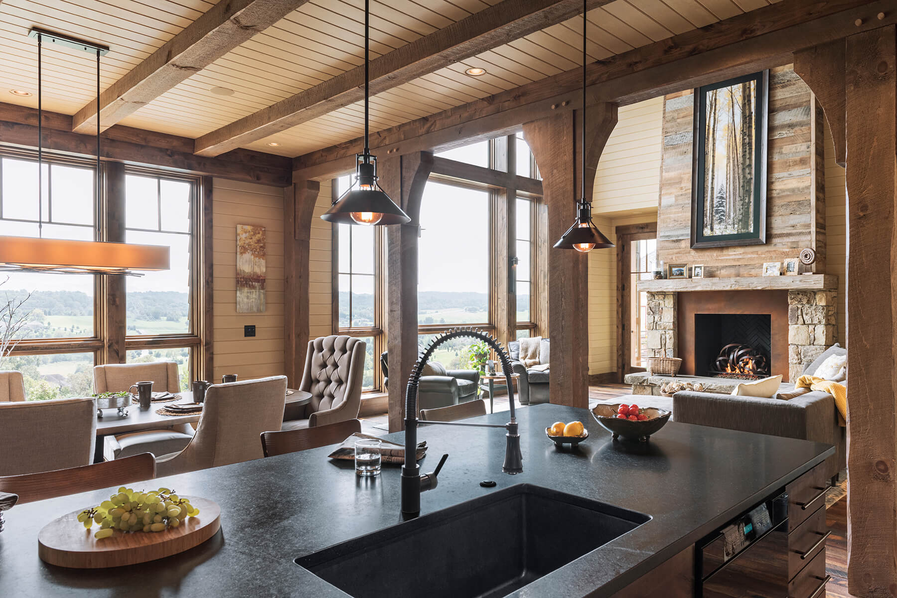East Tennessee Residence Kitchen Dining